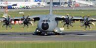 Türk uçağı Bağdat'a indi