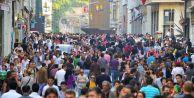 Türkiye'de Kadın Nüfusu Erkek Nüfusunu Yakaladı
