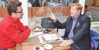 'Zeki Müren bir Başbakanla beraber oldu'