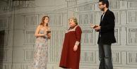 Zülfü Livaneli'nin romanı tiyatroya uyarlandı