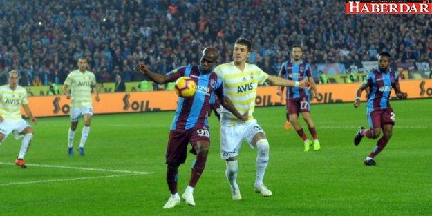 Trabzonspor evinde Fenerbahçe'yi devirdi