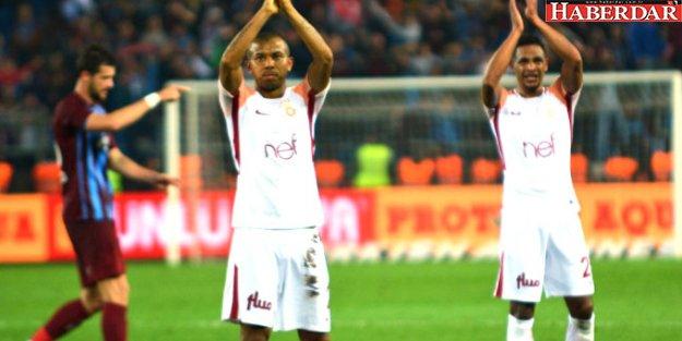 Trabzonspor, Galatasaray'ın 13 Maçlık Namağlup Serisini Bitirdi