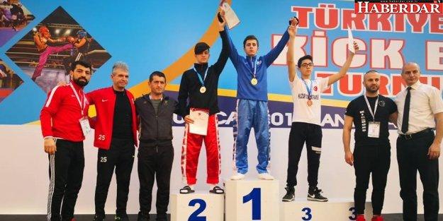 Türkiye Açık Kick Boks Turnuvası Şampiyonu Büyükçekmece'den çıktı!