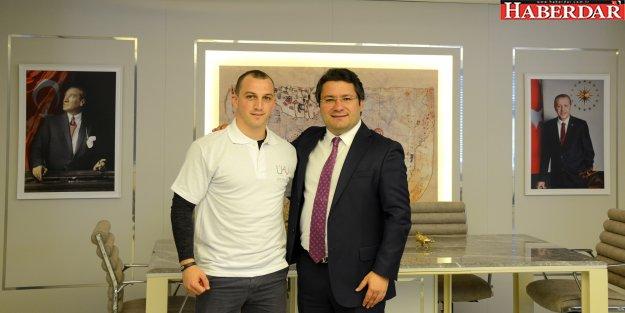 Ümit Kalko Vakfı'ndan Şampiyon Sporcuya Destek…
