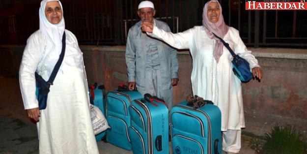 'Umre'ye Götüreceğiz' Yalanıyla Yola Çıkartıp Şanlıurfa ve Gaziantep'e Götürdüler