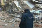 İstiklal Caddesi'nde 5 katlı bir bina çöktü!