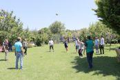 Piknikte bir araya gelen gazeteciler 24 Temmuz Basın Bayramını andı