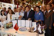 Akgün, FIDAF ödülünü almak için Kore'de