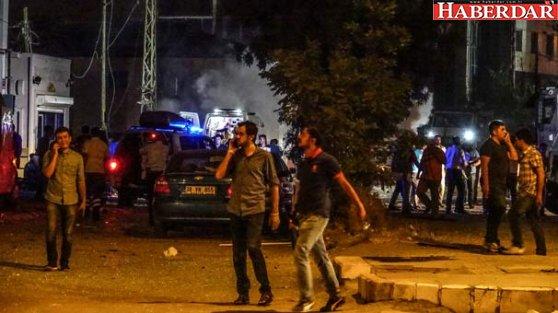 Van'da bombalı araçla saldırı: 3 şehit, 73 yaralı