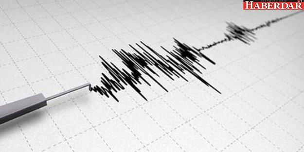 Van'da panik yaratan deprem
