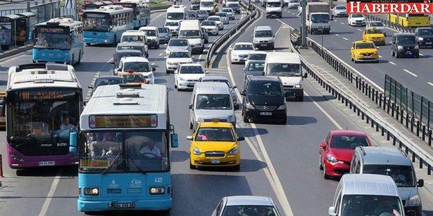 Ve okullar bugün açıldı! İşte İstanbul trafiğinde son durum...
