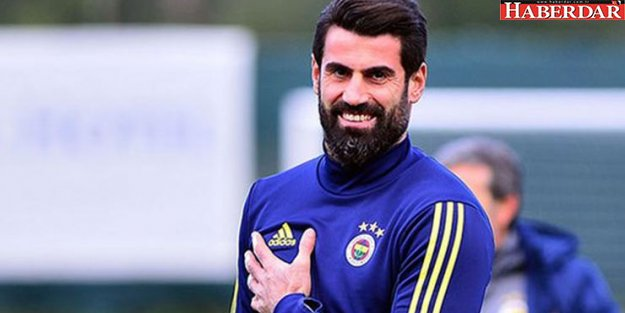Volkan Demirel Fenerbahçe'de kalacak