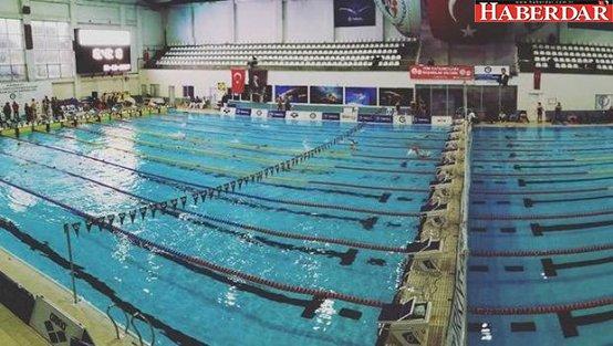 Yüzmede 3 Türkiye Rekoru
