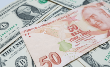 Ünlü ekonomist o soruya cevap verdi: Dolar-TL için son fırsat!