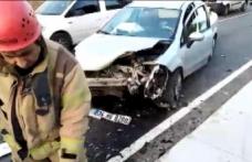 AVCILAR'da iki otomobil kafa kafaya çarpıştı. Kazada 1 kişi yaralandı