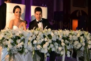 Yakup Süt'ten kardeşine görkemli düğün