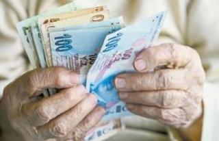 Yaşlıya kapıda maaş