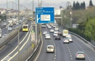 İstanbul'da yasak kalktı, araçlar yola çıktı