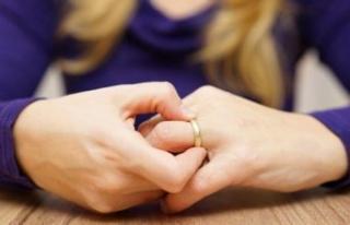 Koronavirüs evlilikleri de vurdu: 'Boşanma...