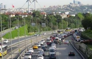 İstanbul'da köprülerdeki trafik yoğunluğu...