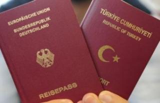 Almanya 1 milyon Türk'ün vatandaşlığını...