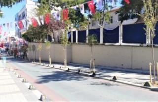 Çatalca Rengârenk Çiçeklerle ve Ağaçlarla Donatılıyor
