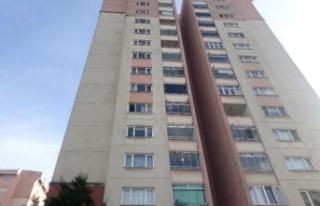 Küçükçekmece'de feci olay: 13. kattan düşen...