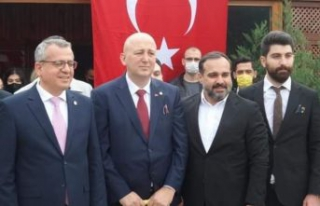 Gelecek Partisi Avcılar İlçe Başkanı ve yönetim...