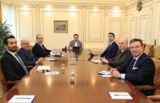 İBB Başkanı Ekrem İmamoğlu ve Başkan Gökhan...