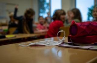 Okulları 15 Şubat'ta açılması gündemde;...