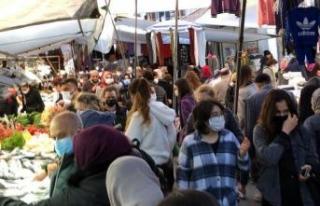 Avcılar semt pazarında yoğunluk; sosyal mesafe...