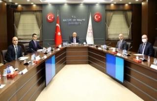 Hazine ve Maliye Bakanı Lütfi Elvan: Esnaflarımızı...