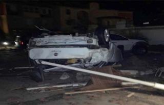 İzmir'de yaşanan sel ve hortum hasara yol açtı