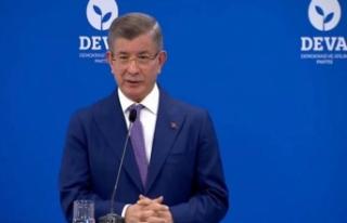 Ahmet Davutoğlu'ndan AKP'ye flaş soru:...