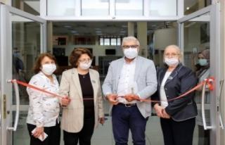 Atakent kültür ve sanat merkezi: 3 kadın eliyle...