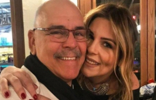 Babasını kaybeden tiyatrocu kızı Pelin Öztekin...