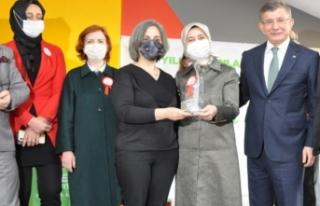 Gelecek Partisi tarafından Yılın Kadınları Ödül...