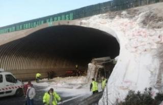 Kuzey Marmara Otoyolu'nda feci kaza: Edirne istikameti...