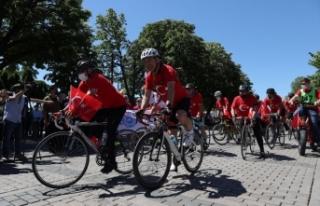 İstanbul'da 102 bisikletli'den 19 Mayıs...