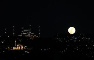"""""""Süper Çiçek Kanlı Ay"""" Türkiye'nin..."""