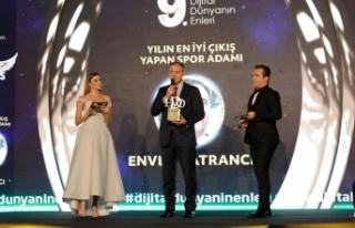 Enver Katrancı'ya yılın spor adamı ödülü