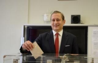 Galatasaray'ın 38. Başkanı Burak Elmas oldu.