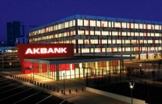 Dünya bankacılık tarihinde bir ilk: Akbank tam...