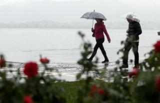 Meteoroloji duyurdu! İstanbul'da yağış etkili...