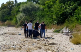 Avcılar'da sahile vurmuş erkek cesedi bulundu