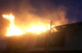 İkitelli Sanayi sitesinde korkutan yangın: 1 itfaiye...