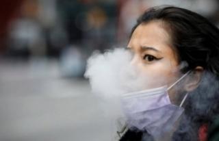Sigara içenlere koronavirüs aşısından kötü...