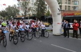 Büyükçekmeceli çocukların bisiklet yarışı...