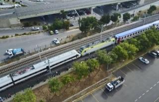 Faciaya ramak kaldı: Tuzla'da iki tren kafa...