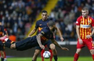 Galatasaray, 3 gollü Kayserispor deplasmanında yara...